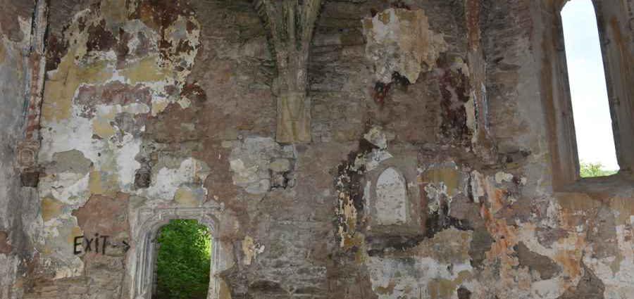 Неизвестные фрески Джотто найдены на родине Дракулы