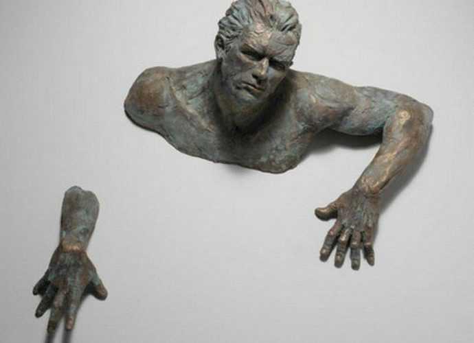 Полу-скульптуры Matteo Pugliese 357