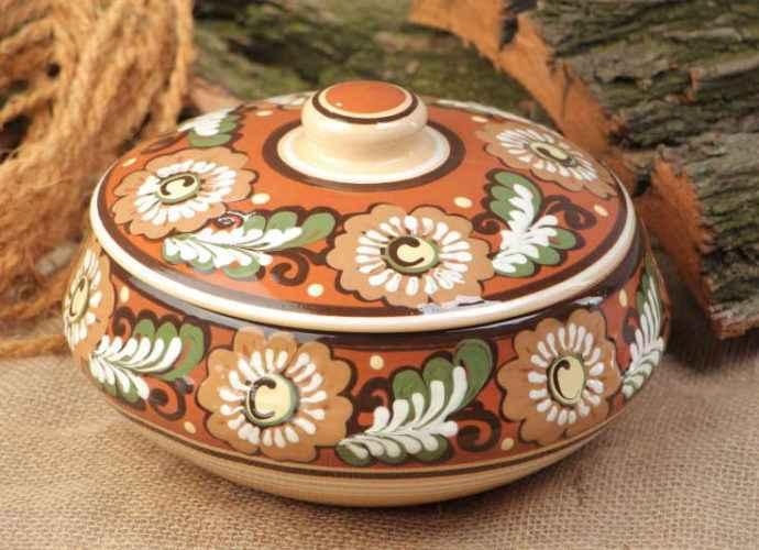 Прикладное искусство: изделия из керамики 1