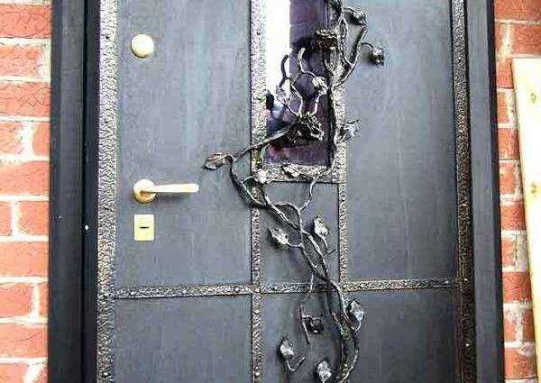 Железные двери как произведение искусства 1
