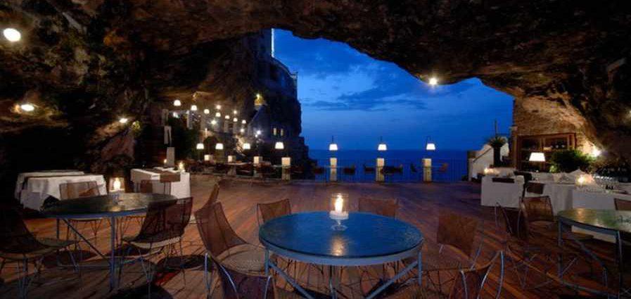 Grotta Palazzese - ресторан у моря
