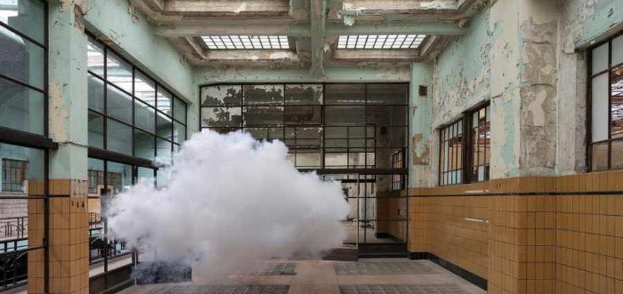 Облака это повод поговорить об искусстве. Berndnaut Smilde (фотограф)